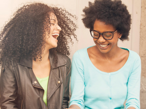 3 Easy Ways to Make Mom Friends on National Friendship Day