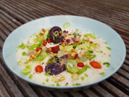 Oktopussalat auf Weiße-Bohnen-Espuma