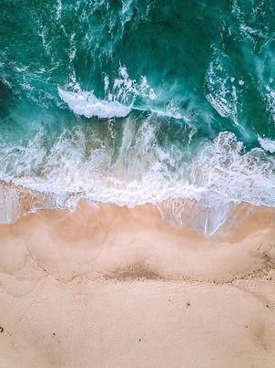 aerial-photography-of-seashore-1680140.j