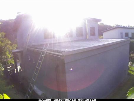 Časosběrné video profesionálního založení extenzivní střechy.