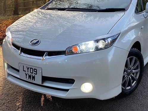 Toyota Wish 1.8  - 7  Seats Automatic - ULEZ OK
