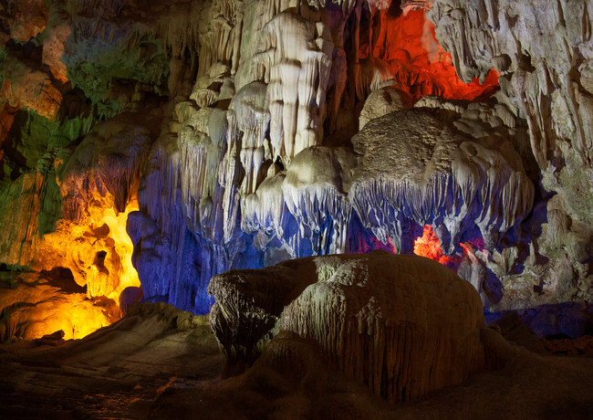 Sung sot caves