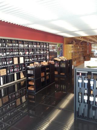 Tienda Vinos Ribera en Fuentespina