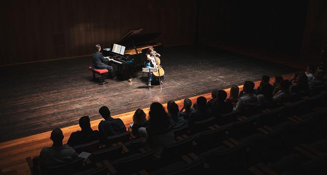 ilvia Chiesa, cello, and Maurizio Baglini, piano, playing Chopin  Photo © Elis Taflaj