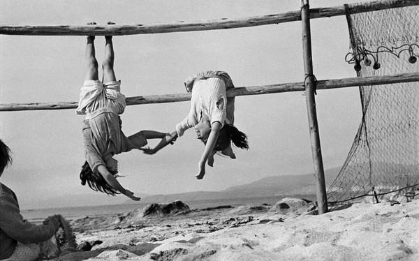 Sergio Larrain-Magnum Photos.jfif