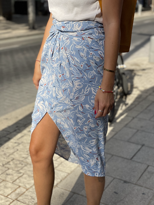 Twisted skirt -baby blue