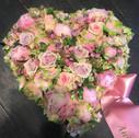 Blomster hjerte lyserød.jpg