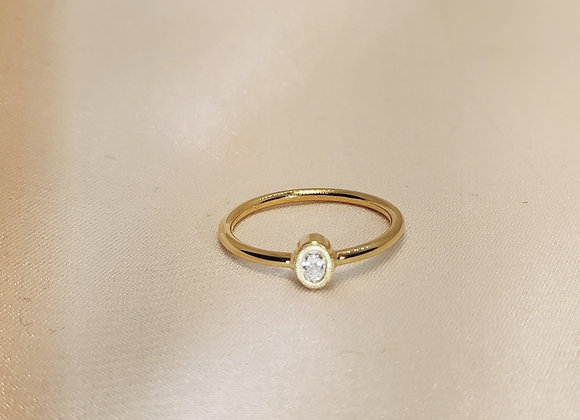 Bague en or jaune ,diamant ovale