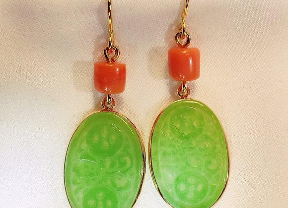 Jade et corail sur or