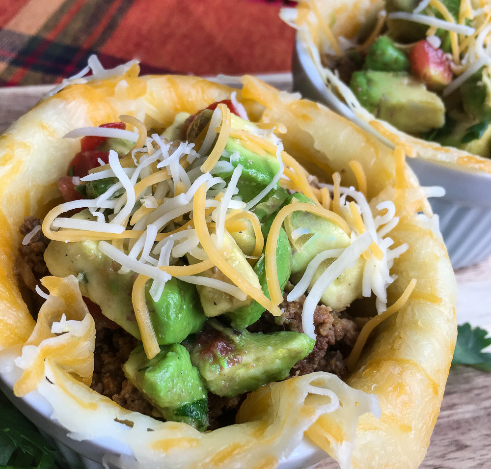 Keto-Friendly Taco Bowl with Avocado Salsa