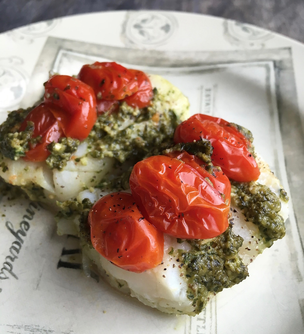 Mediterranean-Style Baked Cod en Papillote