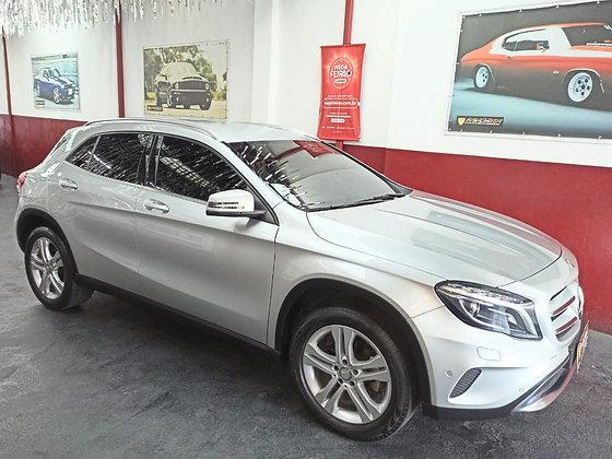 Mercedes-Benz Classe GLA 1.6 Advance Turbo Flex 2017