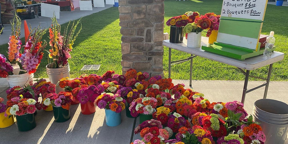 Saturday Outdoor Farmers Market: Flower Weekend