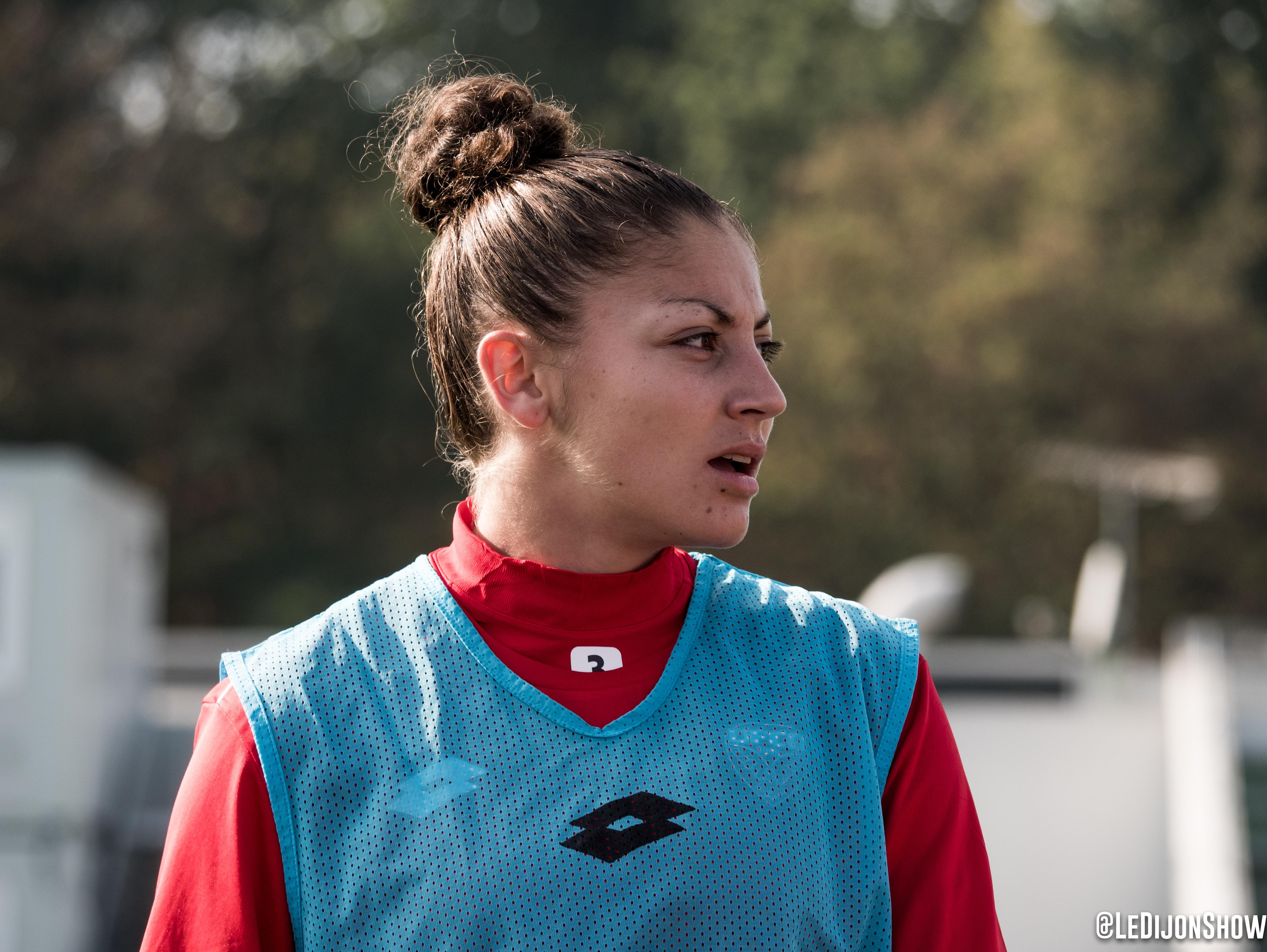 Elodie Nakkach
