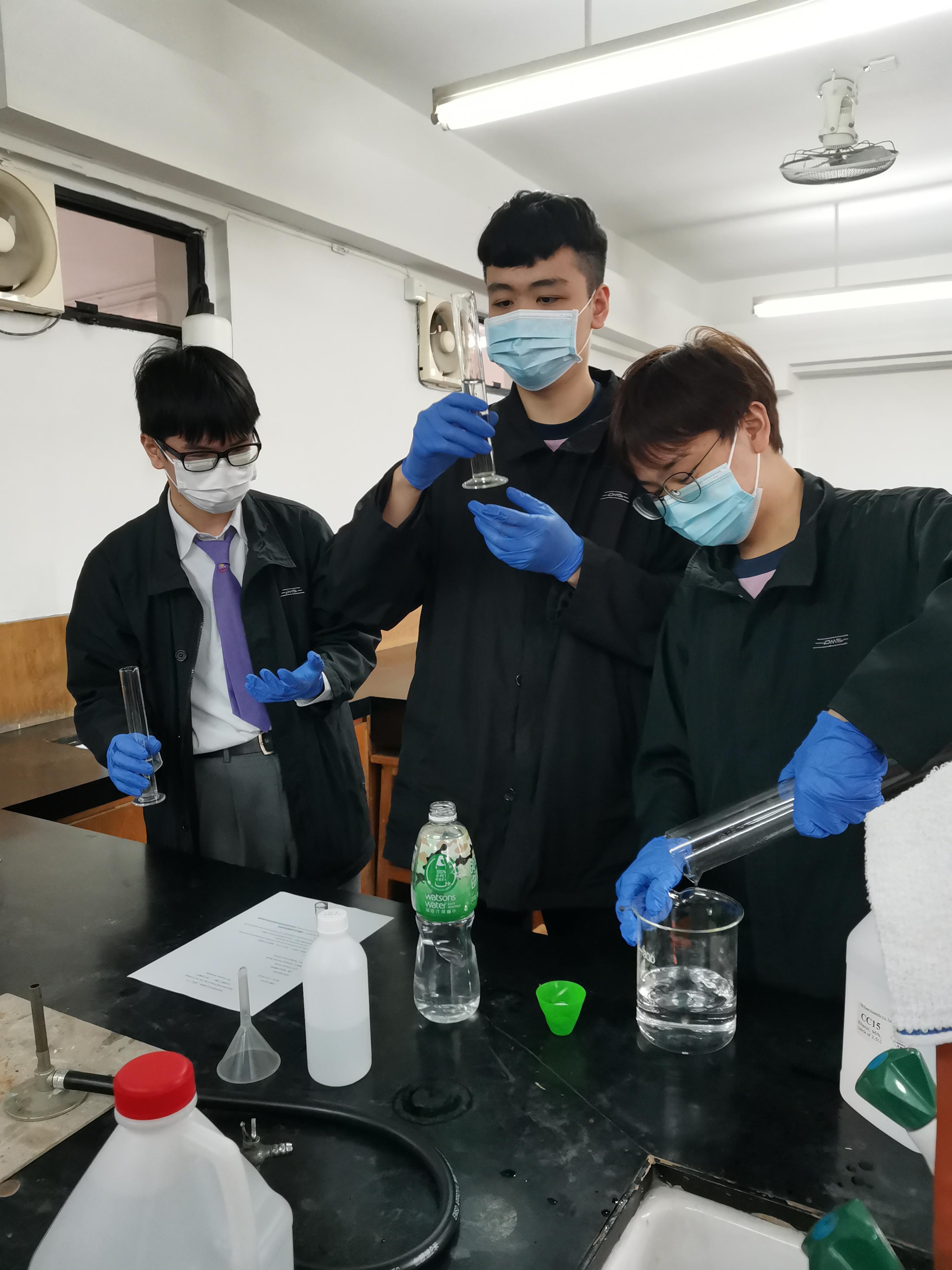 Hand Sanitiser Workshop