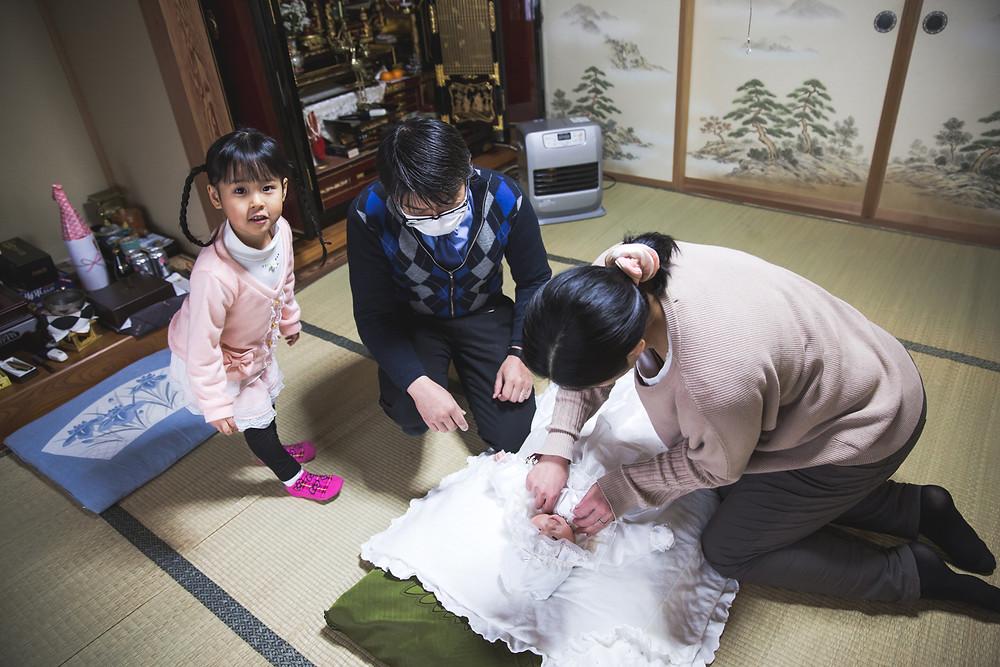 滋賀県長浜市の長浜八幡宮でフリーカメラマンが女の子のお宮参り撮影をしました。
