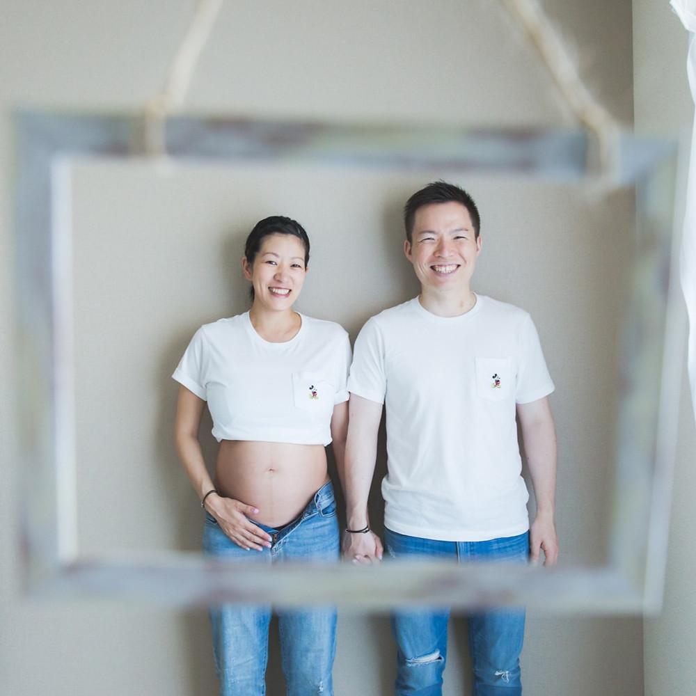滋賀県のファミリーに新たな命が!ご自宅でマタニティフォト撮影を女性カメラマンがしました。