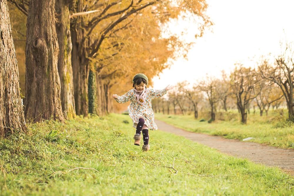 滋賀県高島市のメタセコイア並木で6歳お誕生日の記念撮影と家族写真撮影をしました