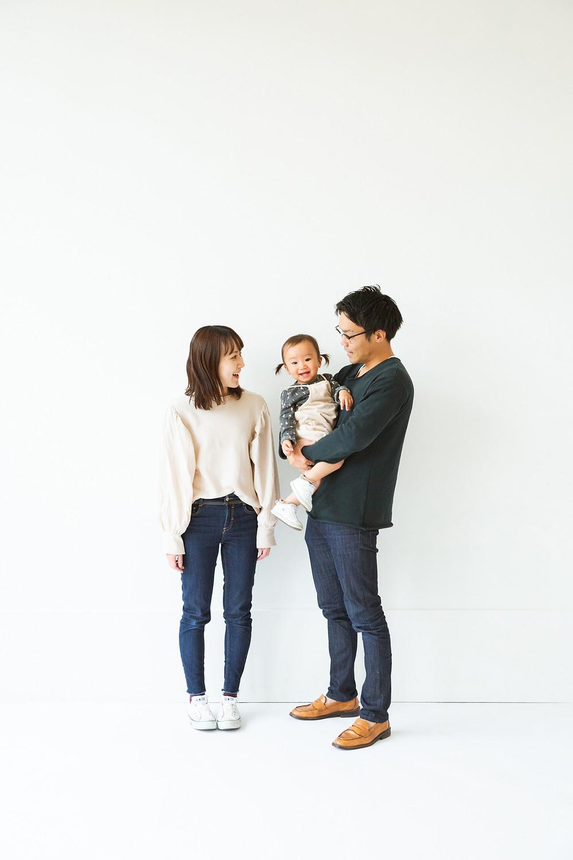 滋賀県長浜市のフォトスタジオで年賀状用家族写真撮影をしました