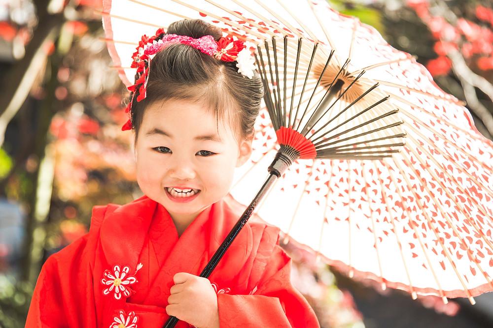 滋賀県長浜市のお寺、沸厳寺でフリーカメラマンが七五三の写真撮影をしました