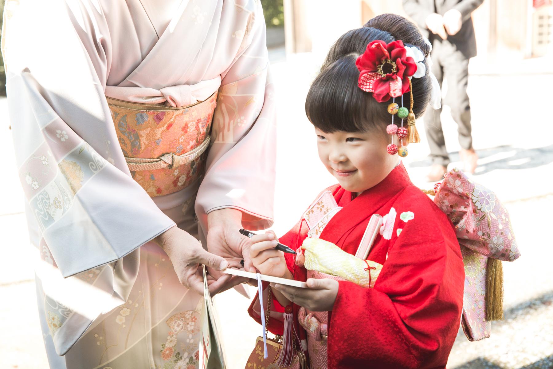 滋賀県彦根市の稲村神社で七五三撮影