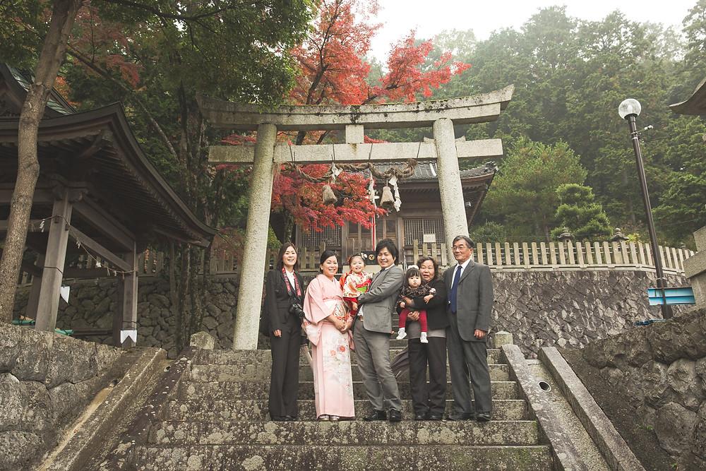 滋賀県長浜市の長浜八幡宮と米原市の志賀神社でフリーカメラマンが七五三の撮影をしました
