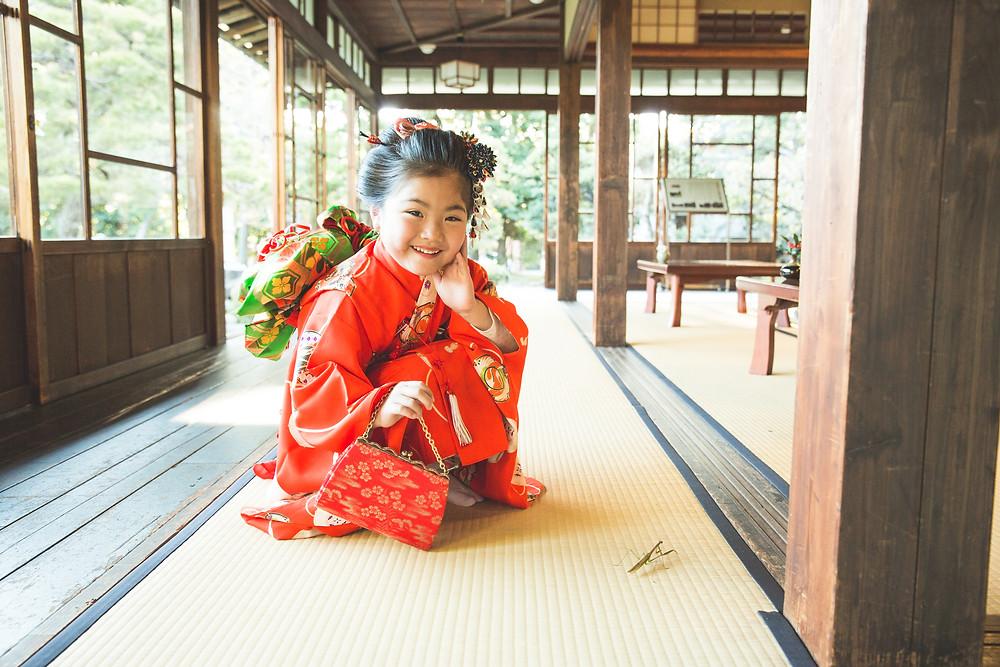 滋賀県長浜市の慶雲館で姉妹さんの七五三撮影をフリーカメラマンがしました