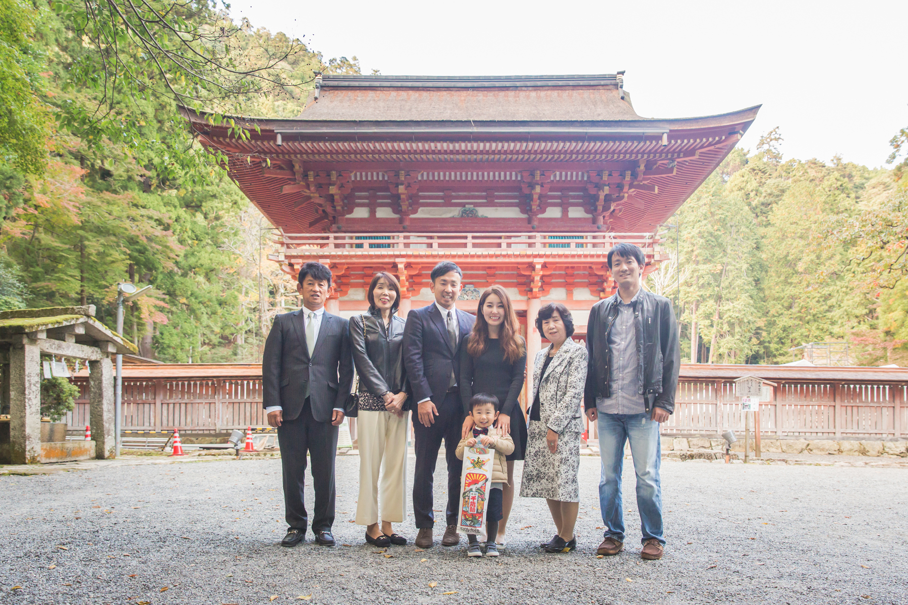 滋賀県大津市の日吉大社でジュワッチ七五三撮影
