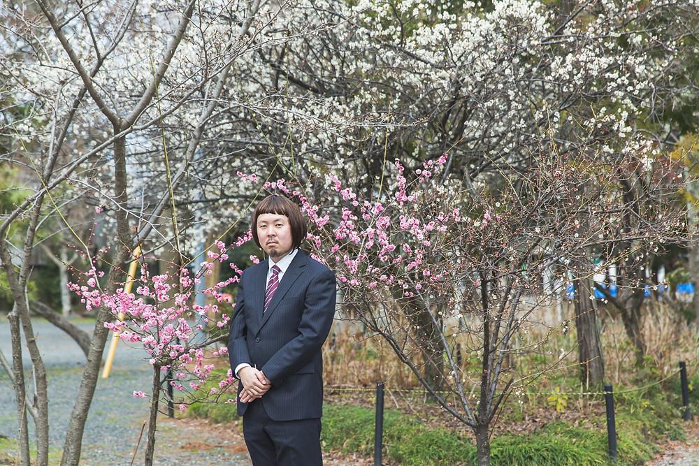 滋賀県長浜市の長浜八幡宮でナガジン編集長、おカツラ姿。