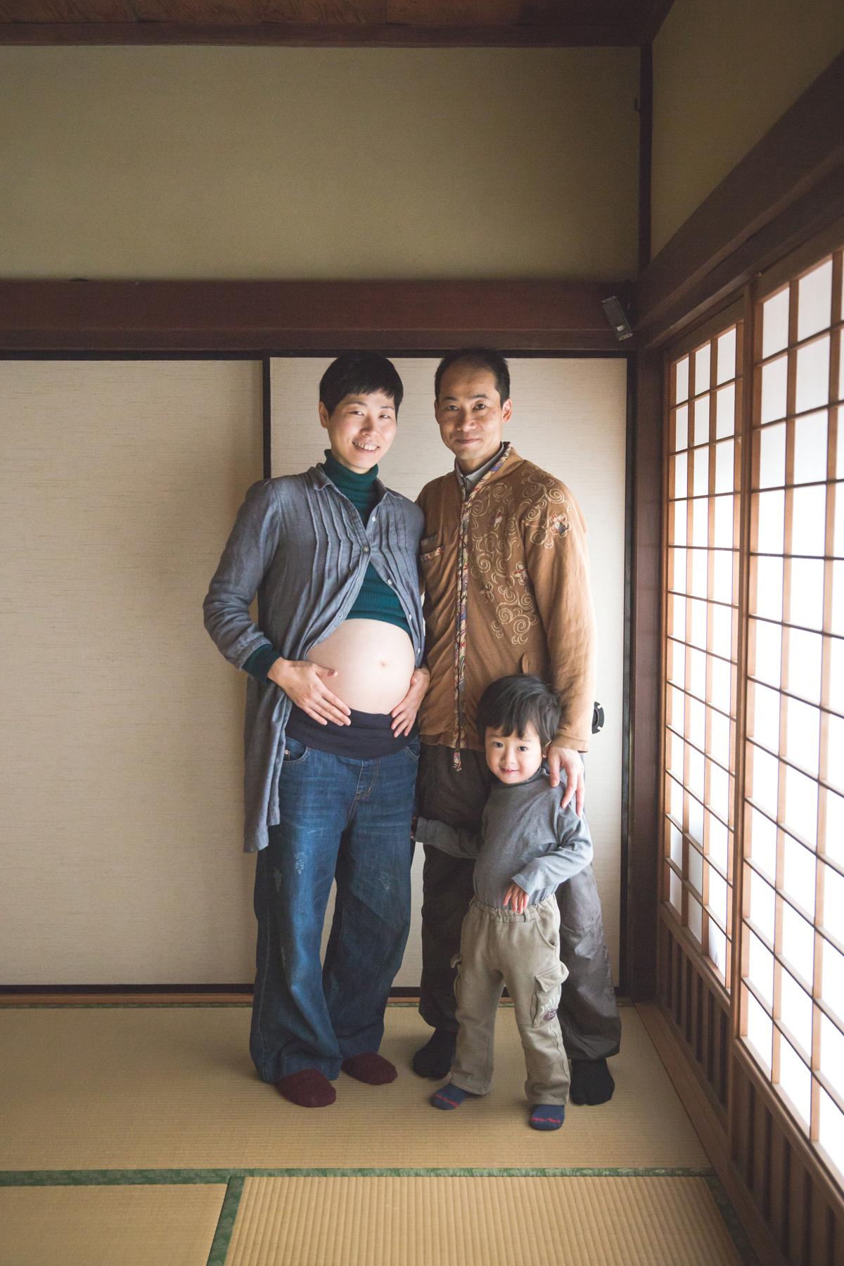 ご自宅と太郎坊宮でマタニティフォト