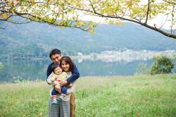 余呉湖で家族写真撮影