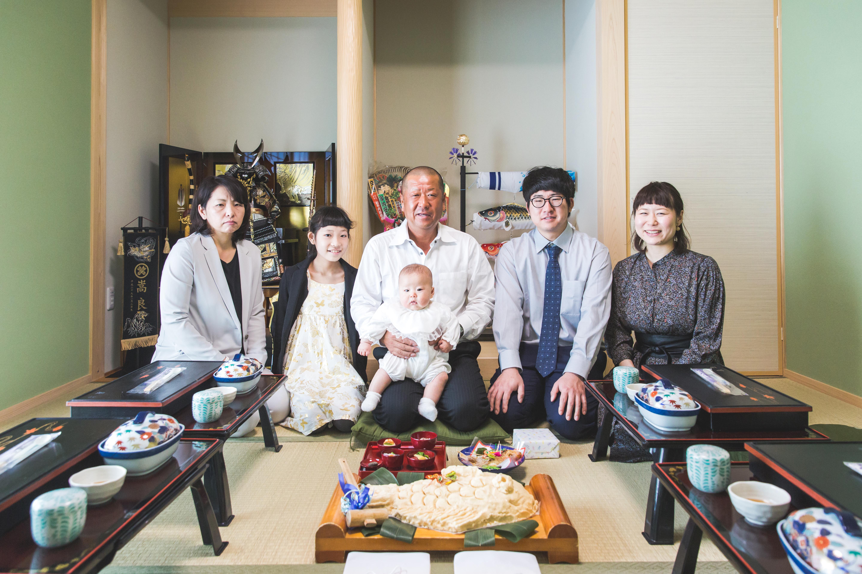 滋賀県彦根市でのお食い初め撮影のお写真