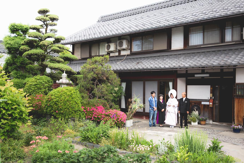 滋賀県長浜市のご自宅でお支度風景撮影