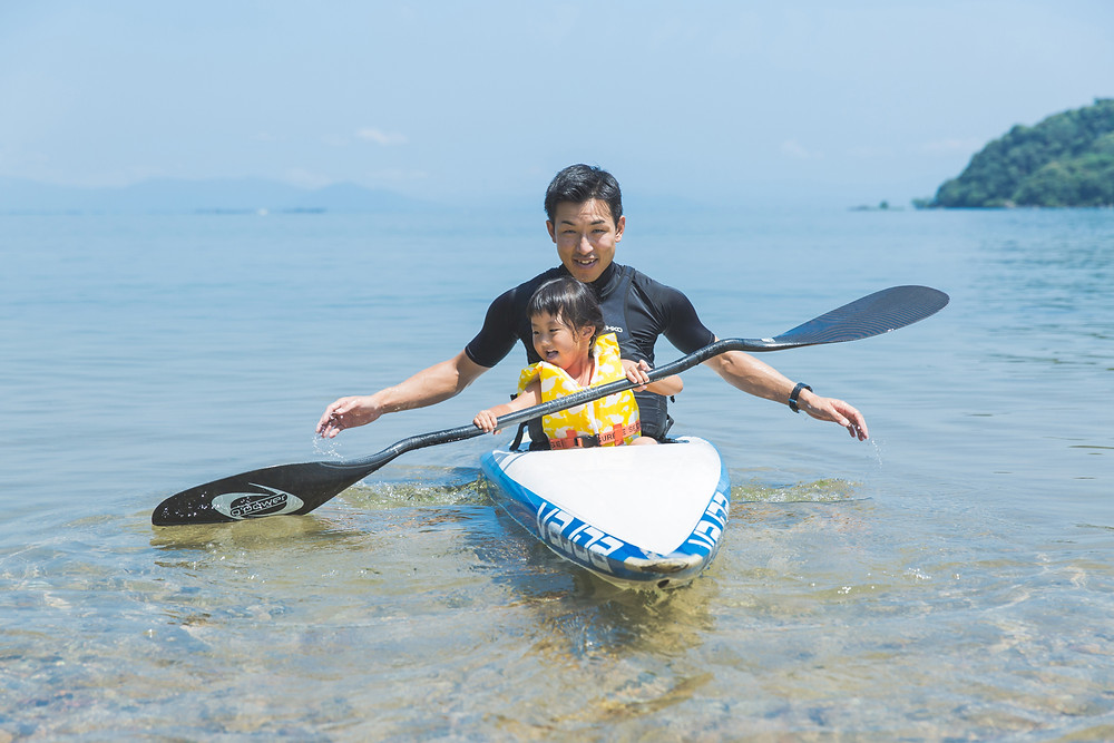 ひまわり、琵琶湖、そしてカヤック!夏の家族写真撮影!女性カメラマンが出張撮影しました!