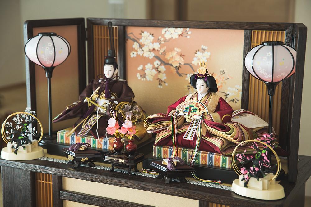 滋賀県の多賀大社でお宮参り写真、彦根市のご自宅でお雛祭り写真をフリーカメラマンが撮影しました