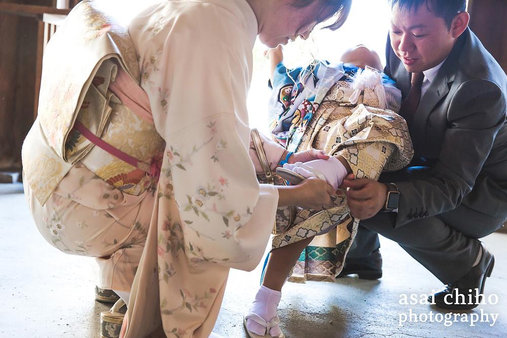 滋賀県彦根市の護国神社で七五三撮影