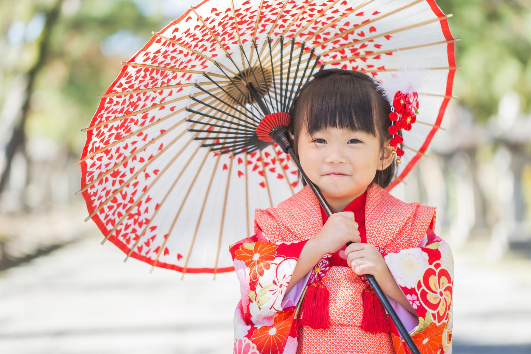 滋賀県長浜市を中心に七五三出張撮影を女性カメラマンがしております
