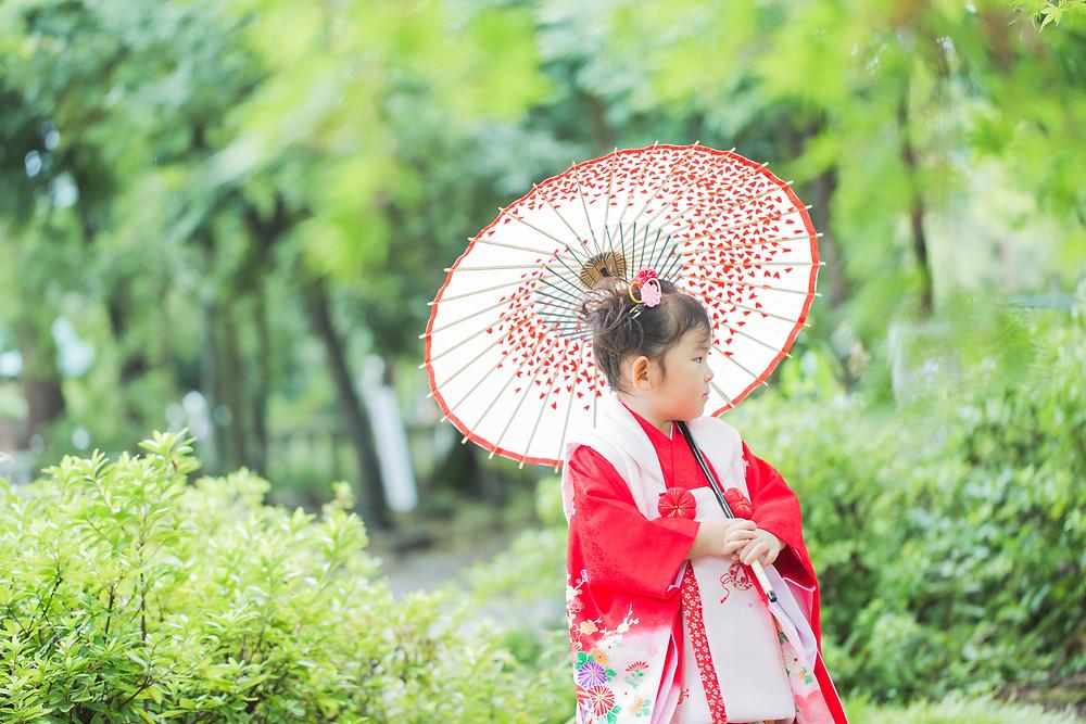 滋賀県犬上郡多賀町の多賀大社で3歳の女の子の七五三出張撮影