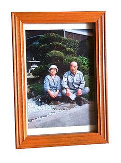 滋賀県長浜市を中心に家族写真、お宮参り、七五三、結婚式、新生児、建築写真、商品写真、プロフィールフォトなどの撮影をしているフリーカメラマンです