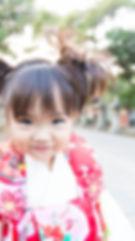 滋賀県長浜市を中心に七五三のお支度風景から、ご祈祷風景など、七五三の一瞬一瞬を逃さず撮影しているカメラマンです。長浜八幡宮での七五三撮影のお写真。