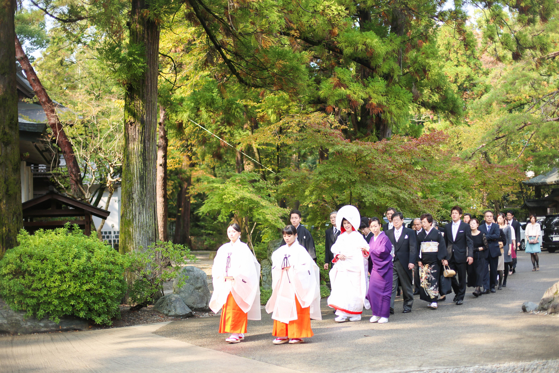 滋賀県犬上郡の多賀大社での結婚式撮影