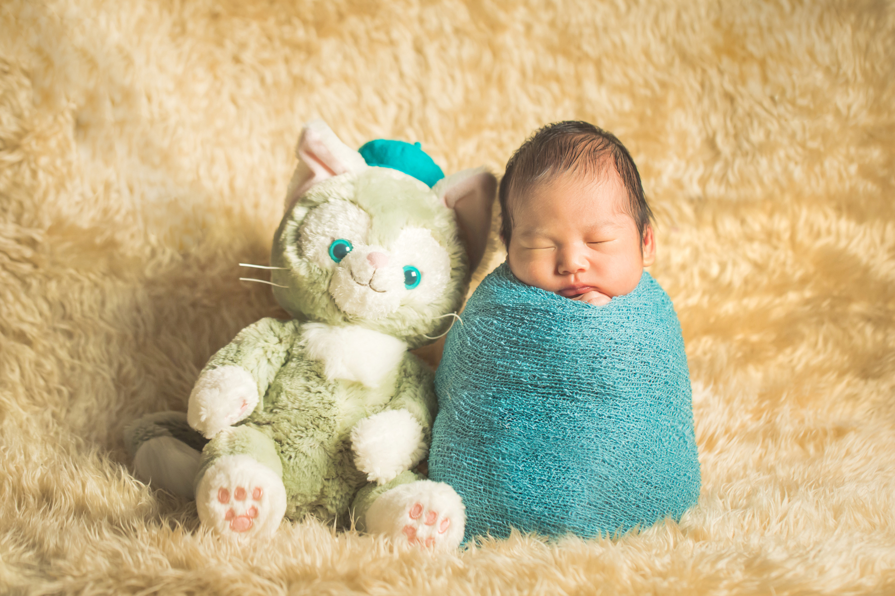 滋賀県長浜市の出張カメラマンによる新生児フォト撮影