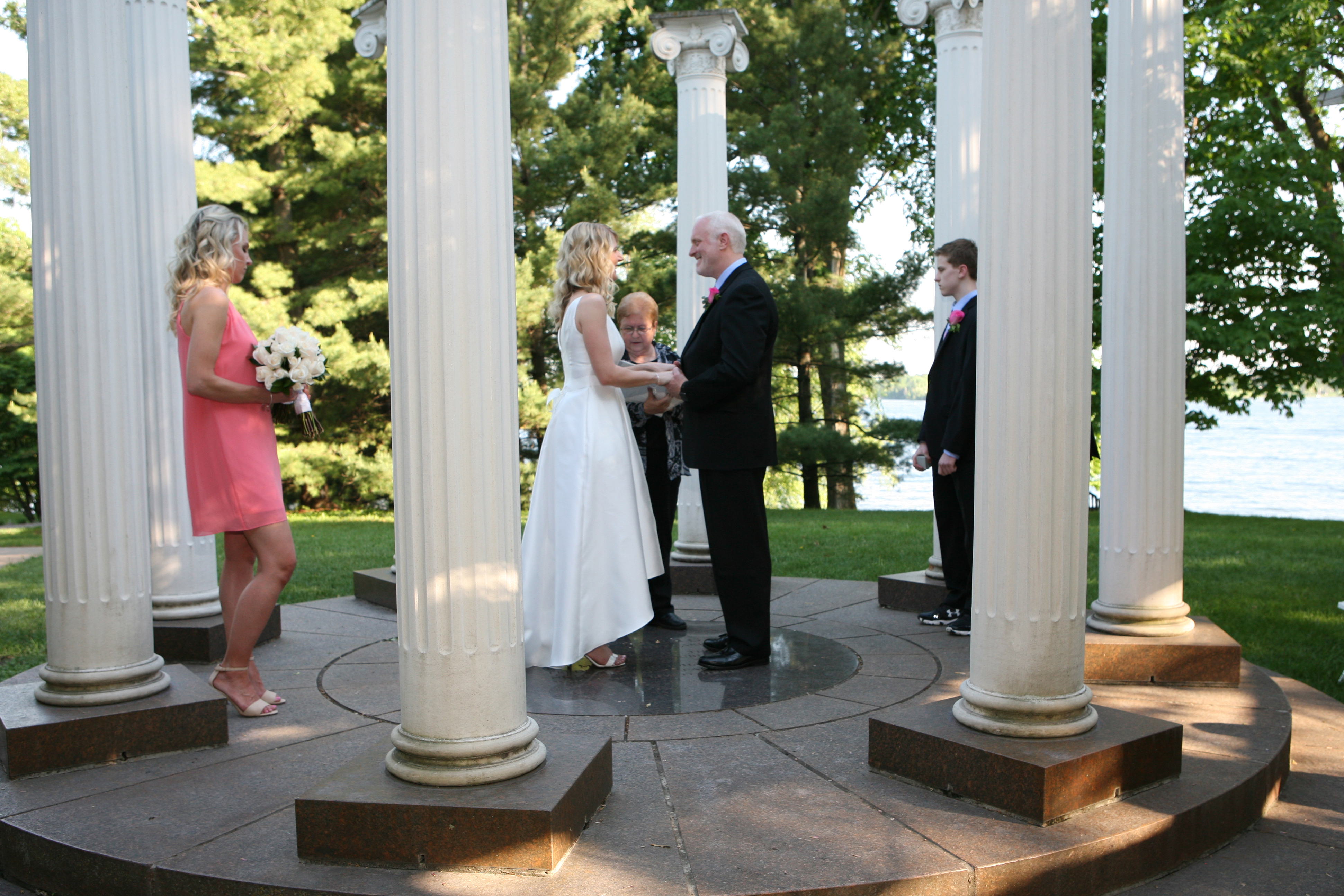 Evening wedding at Norerenberg Garden Mi