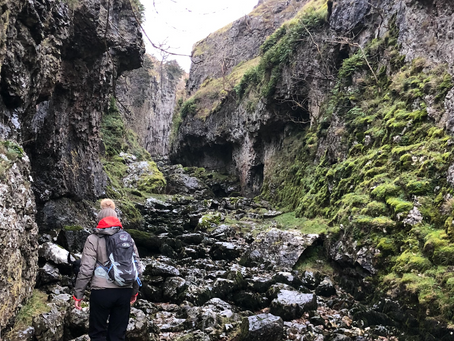 Exploring Troller's Gill - a loop walk from Burnsall