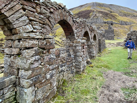 A desolate past industrial lead mining landscape – a loop walk from Gunnerside