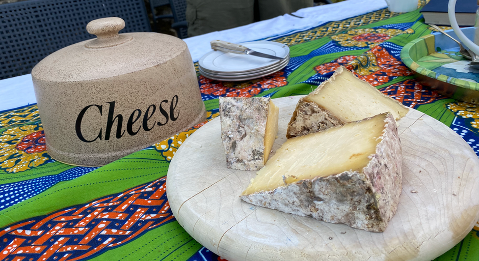 Stonebeck Cheese -  a delicious raw cow's milk cheese made in Nidderdale