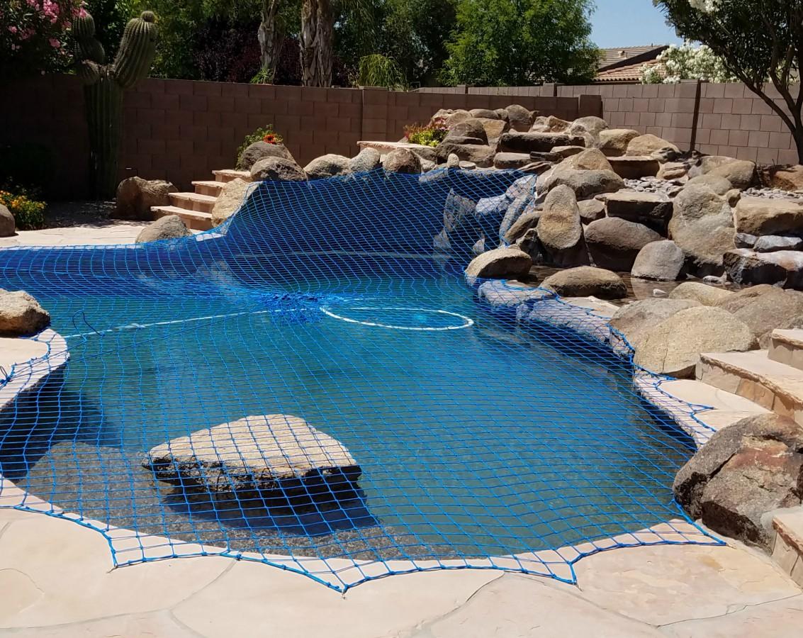 Rock Wall Pool Net