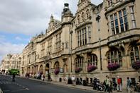 Oxford_Town_Hall_1.jpg