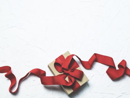 Top 12 Clutterless Gift List