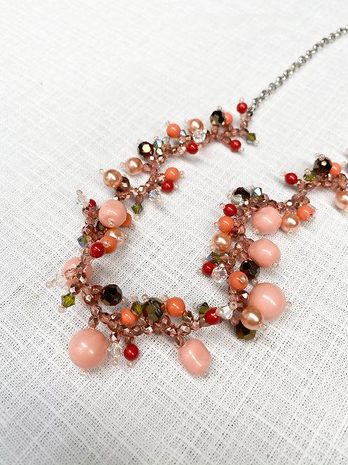 粉色珊瑚珠寶編織